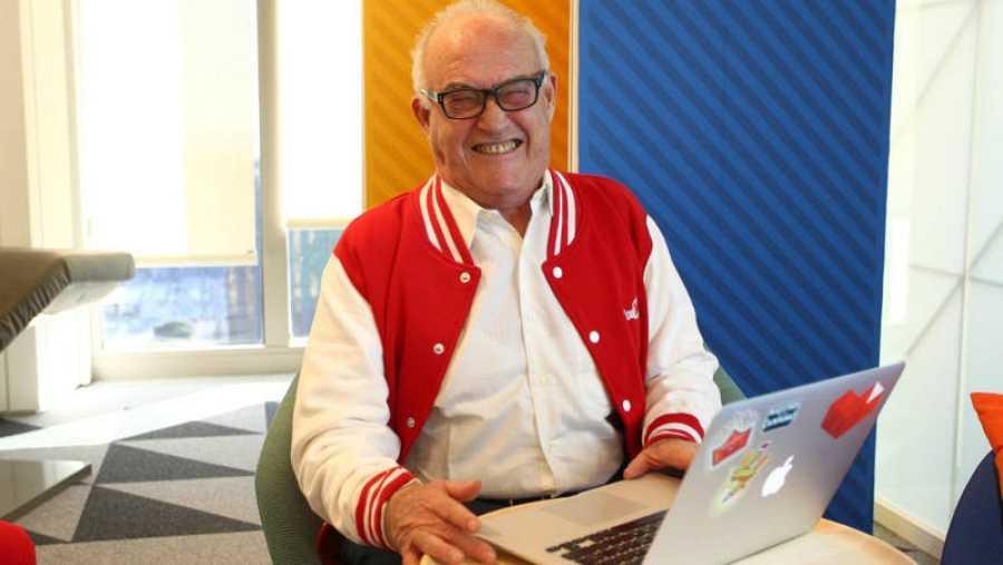 Juan José Cañas, el abuelo youtuber