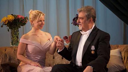 Lluvia Rojo y Javivi Gil Valle, protagonistas de 'El príncipe y la corista'.