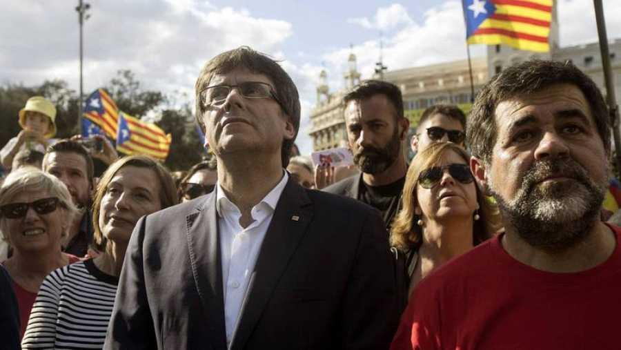 Puigdemont participa por primera vez en la Diada de Barcelona.