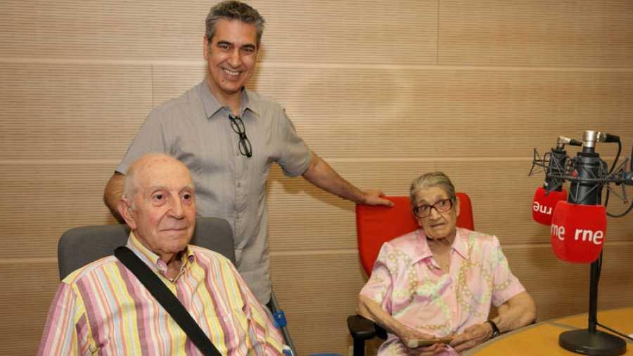 Arturo Martín, con Lacalle y su hermana y cuidadora