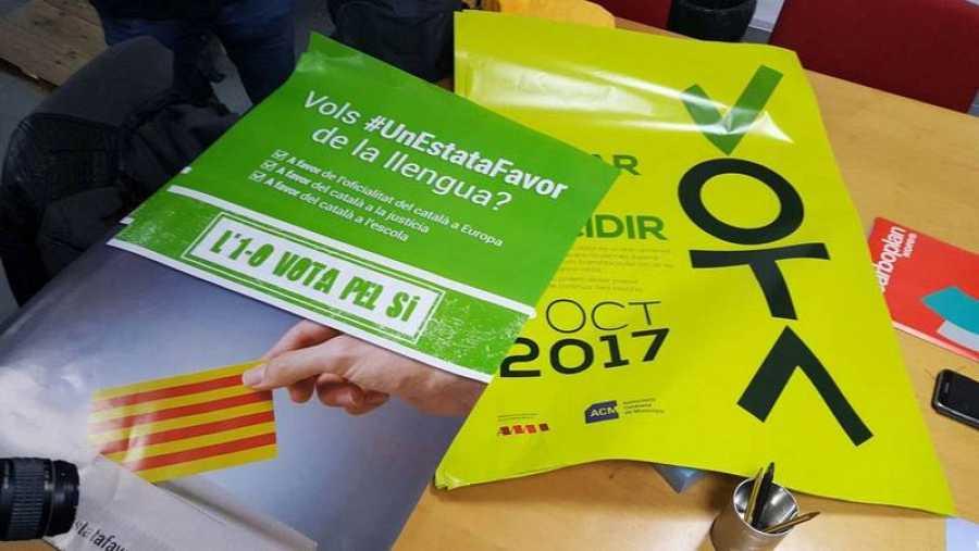 Carteles requisados del referéndum del 1-O.