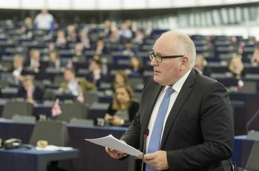 El vicepresidente primero de la Comisión Europea, Frans Timmermans, durante su participación en el debate sobre Cataluña en la Eurocámara