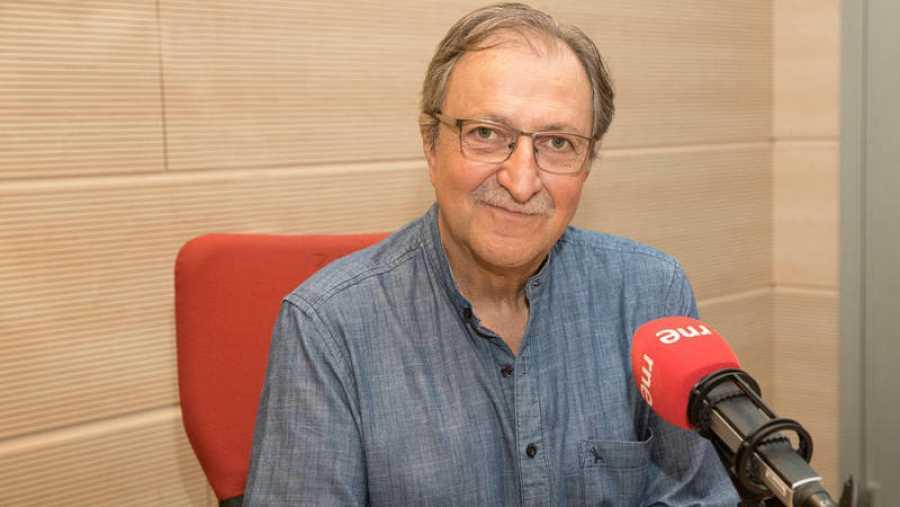 Paco Lobatón presentó 'Quién sabe dónde' entre 1992 y 1998