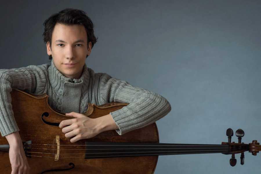 El violonchelista Edgar Moreau