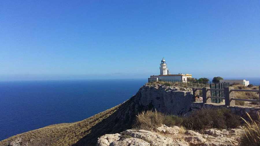 Faro de Mesa de Roldán, Almería