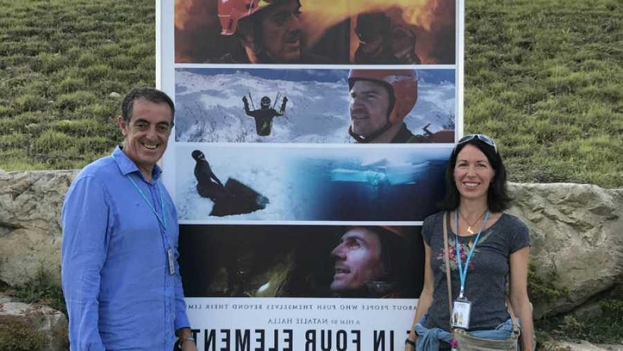 Natalie Halla y Francisco Pérez Rivas en la presentación del documental