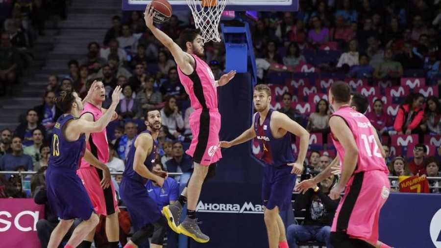 El Barça pierde el liderato ante Estudiantes y Fuenlabrada sigue primero