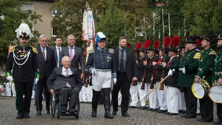 Wolfgang Schäuble llega a una ceremonia organizada en la localidad alemana de Offenburgo para celebrar su 75 cumpleaños