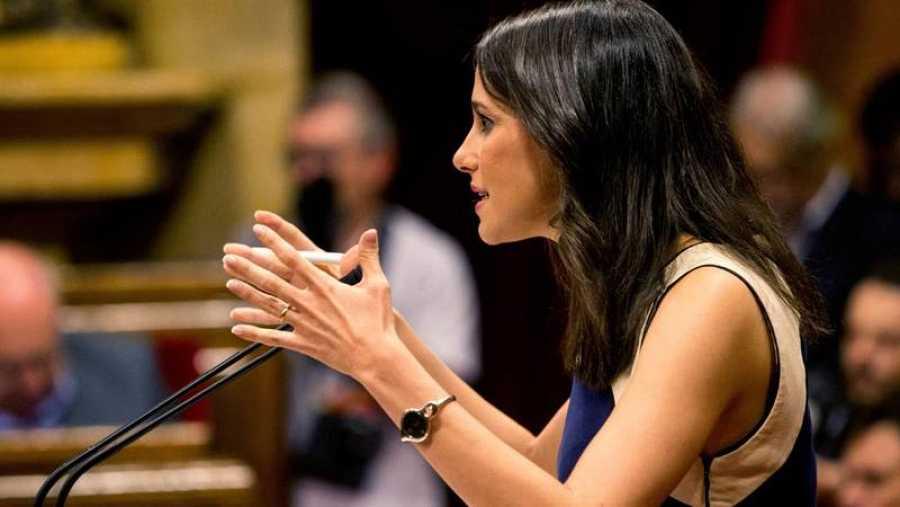 La líder de Ciudadanos en Cataluña, Ines Arrimadas, interviene en el Parlament.