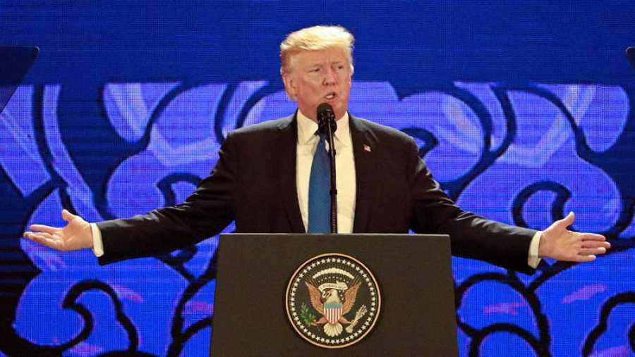 Donald Trump durante su discurso en el Foro de Cooperación Económica Asia-Pacífico