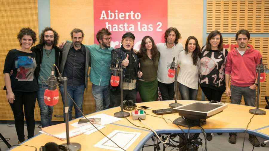 Chango, con Paloma Arranz y todo su equipo