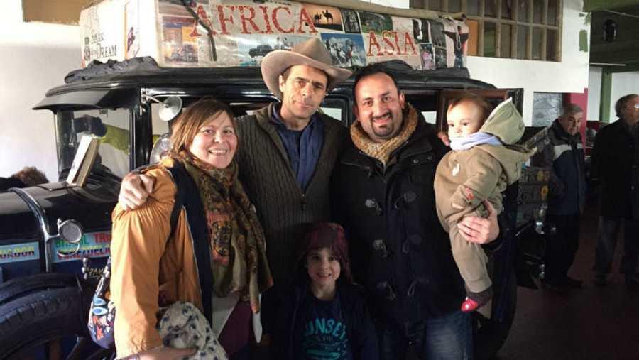 La familia Janima empezó en septiembre una vuelta al mundo de ocho años