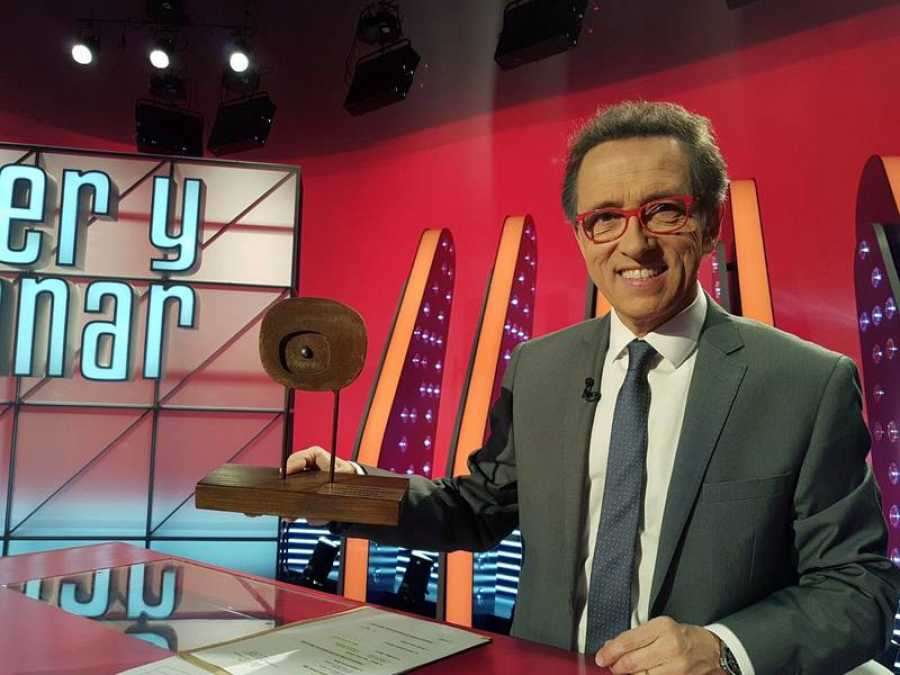 Jordi Hurtado con el premio 'Zoom Festival'