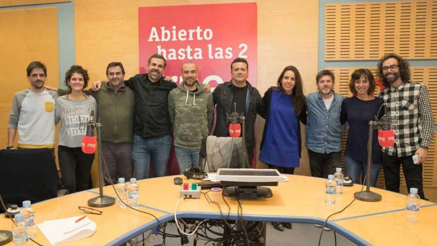 Foto final con Paloma Arranz y su equipo