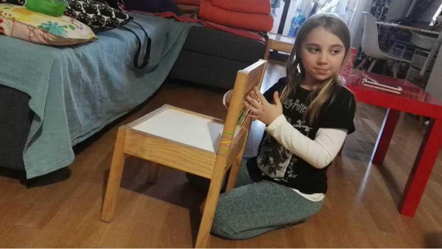 Elma es una niña de altas capacidades.