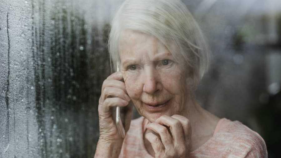 Silverline, la línea telefónica de Reino Unido para los mayores