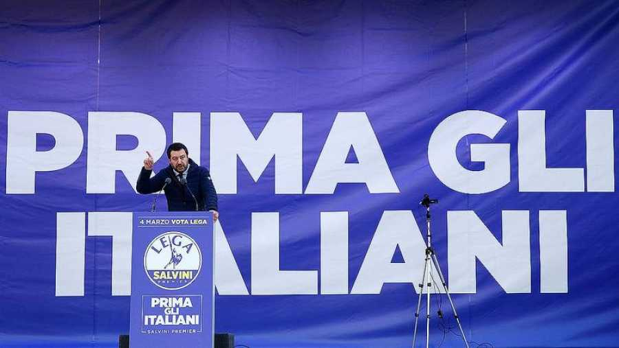 Salvini, en un mitin en Milán el 24 de febrero