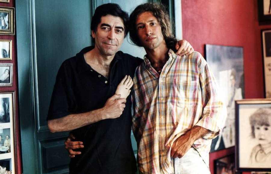 Joaquín Sabina y Javier Menéndez Flores, en una imagen de 1998