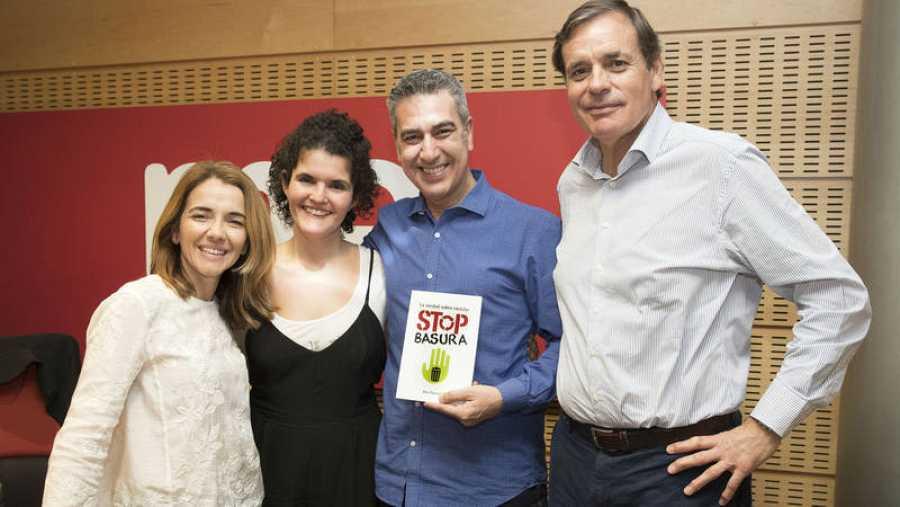 De izqda. a drcha.: Nieves Rey, Patricia Costa, Arturo Martín y José Fuster