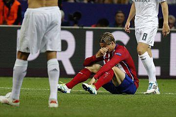 Torres en la final de la Champions disputada en Milán