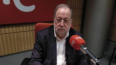 José Luis Barreiro es el autor del libro 'Menos muros y mas puentes'