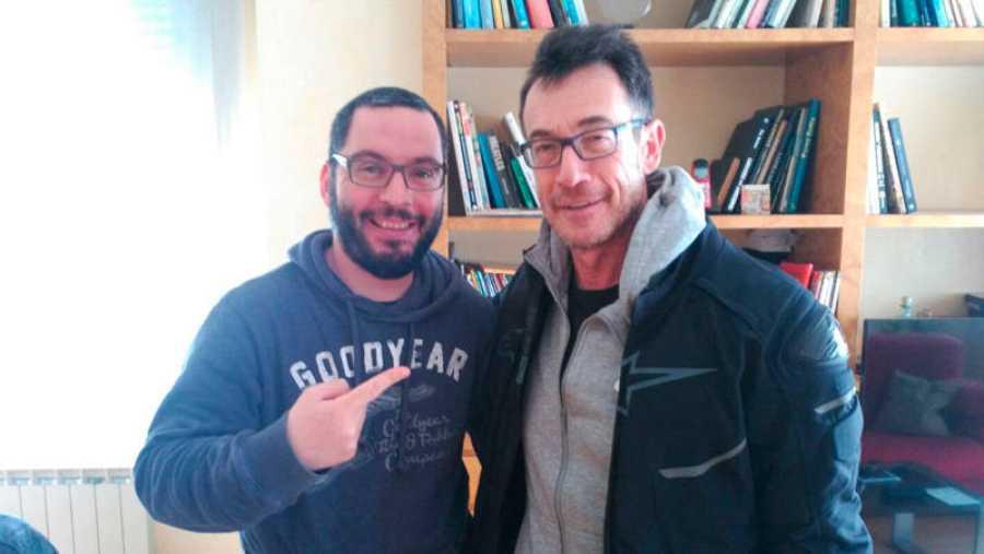 Norman Llorente junto al dibujante y guionista Ramis