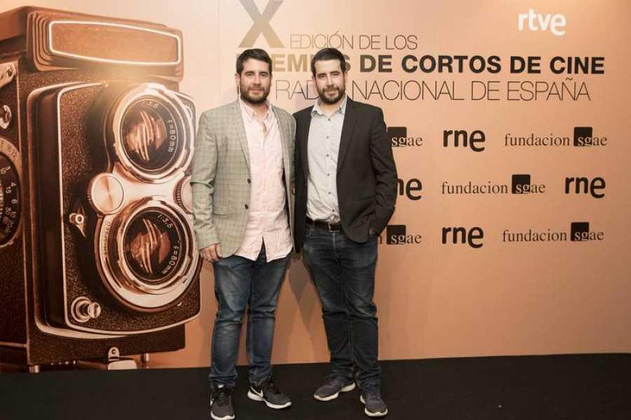 Los hermanos Prada, primer premio por 'Llegar'