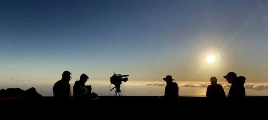 El equipo del programa durante el rodaje en el Parque Nacional de Garajonay, en la isla de La Gomera