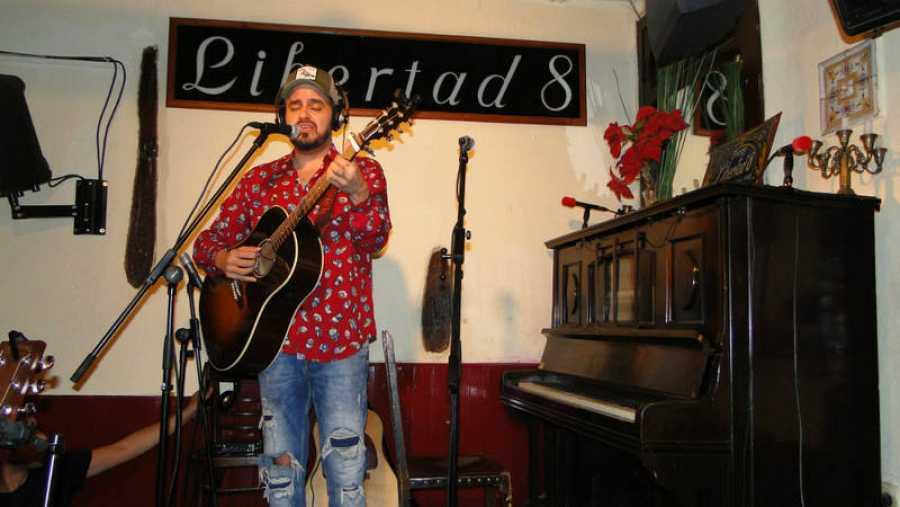 Diego Ojeda nos canta un tema de