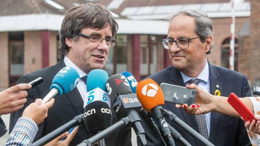 Puigdemont y Torra comparecen ante la prensa en Waterloo (EFE)