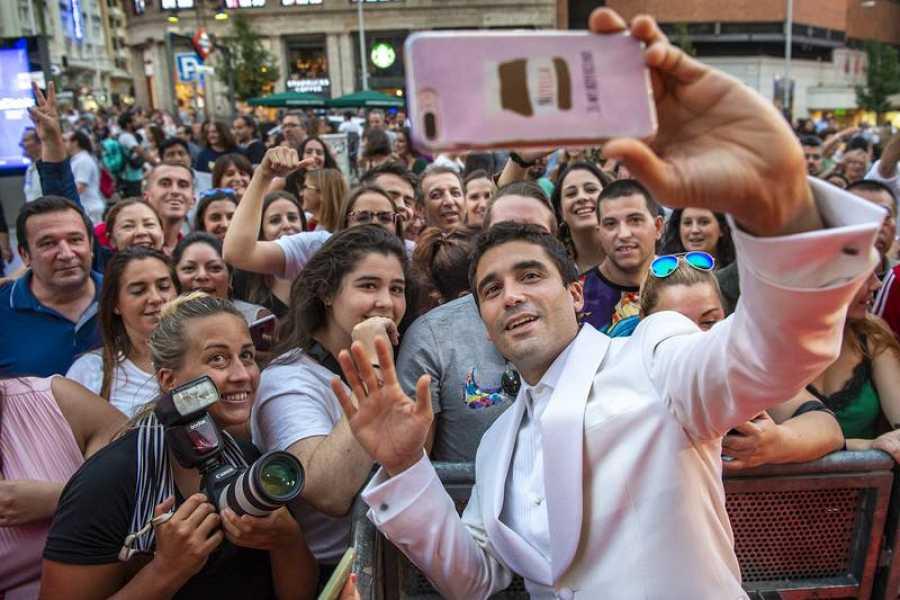 Álex García durante el preestreno de 'El Continental'