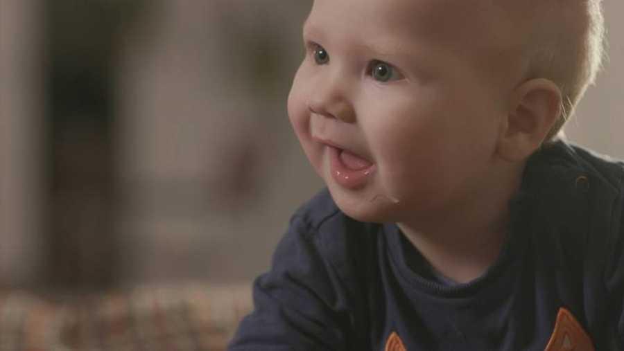 Los expertos llevan años diciendo que lo mejor para un recién nacido es la leche de su madre.