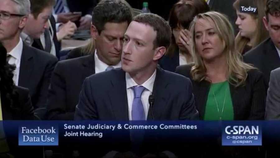Mark Zuckerberg declara ante el senado de los Estados Unidos