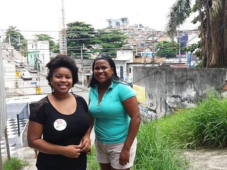 Lana Souza y Renata Alemao, activistas del colectivo Papo Reto