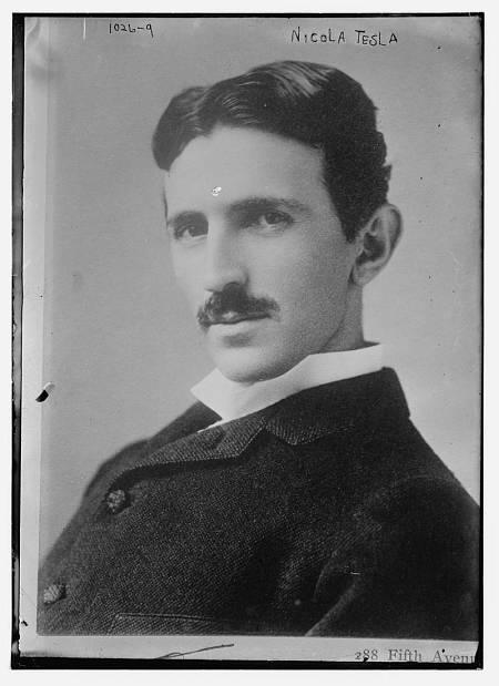 Nikola Tesla tan solo llevaba encima cuatro centavos cuando llegó a Nueva York en 1884 desde Croacia.