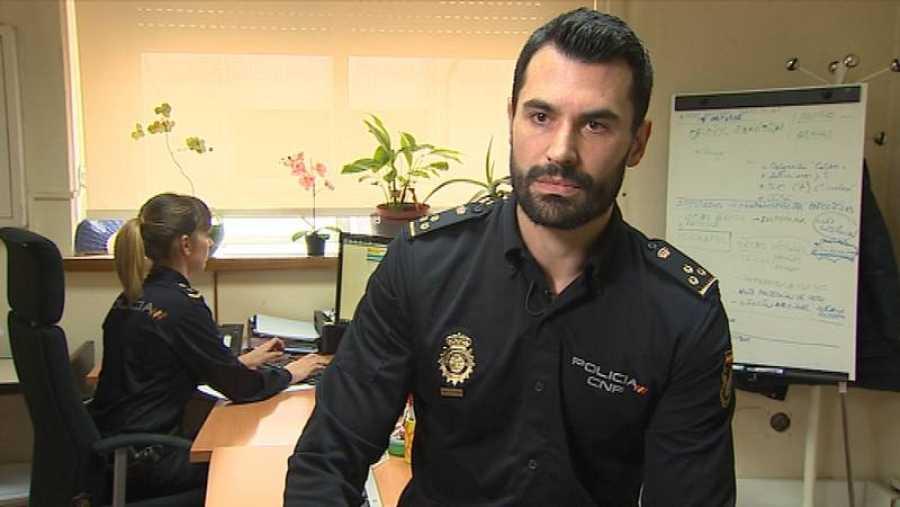 Miguel Camacho, Policía Nacional y matemático que ha desarrollado el programa VERIPOL