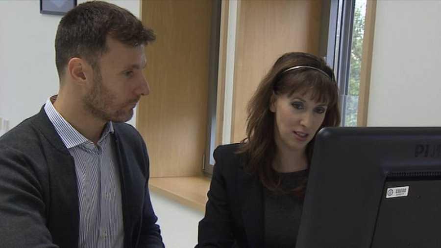 Federico Liberatore y Lara Quijano, dos de los expertos que han elaborado VERIPOL