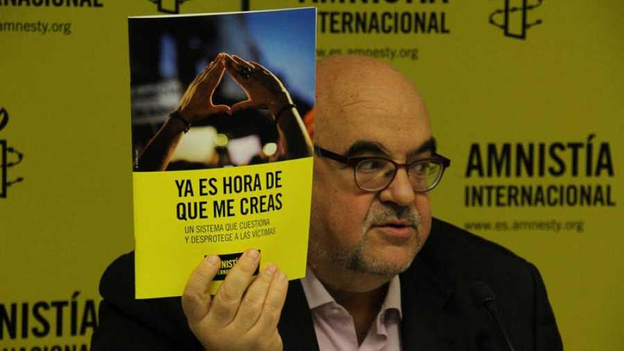 Esteban Beltran presenta el informe de Amnistía Internacional