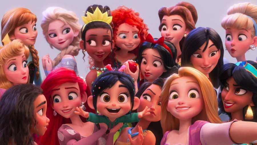 La reunión de princesas Disney de 'Ralph rompe Internet'.