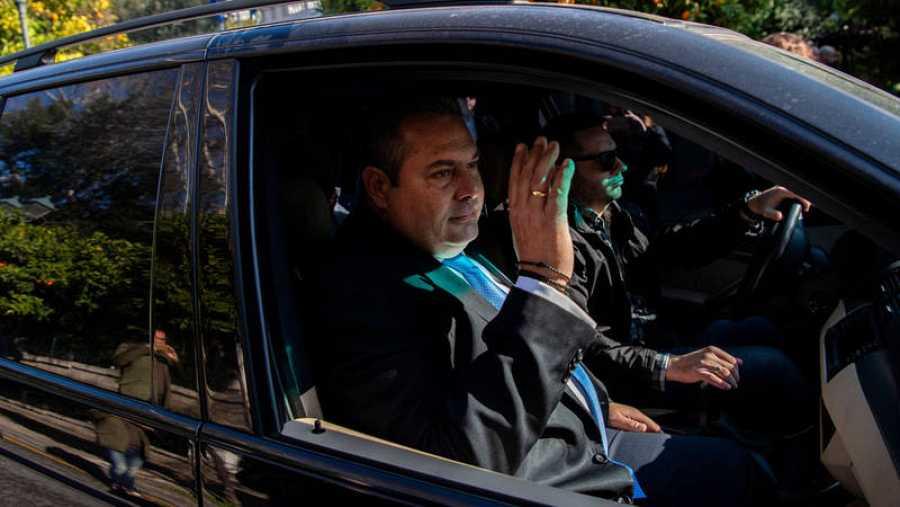 El ministro de Defensa griego, Panos Kammenos, a la salida del encuentro con Tsipras