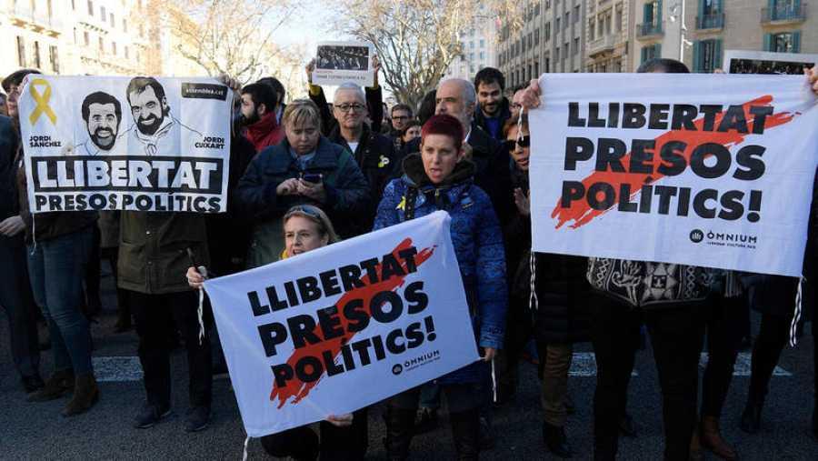 Concentración en Barcelona pidiendo la libertad para los líderes independentistas presos