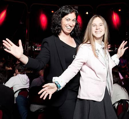Cristina Aranda (I), junto a Alai Blanco, recientemente mencionada por la revista Business Insider como referente en tecnología con menos de 35 años.