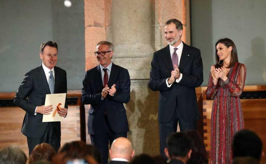 Matías Prats recoge el Premio Nacional de Televisión.
