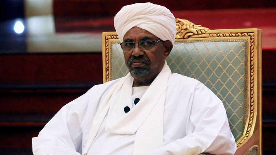 El presidente Omar Al Bashir se hizo con el poder en 1989 mediante un golpe de Estado