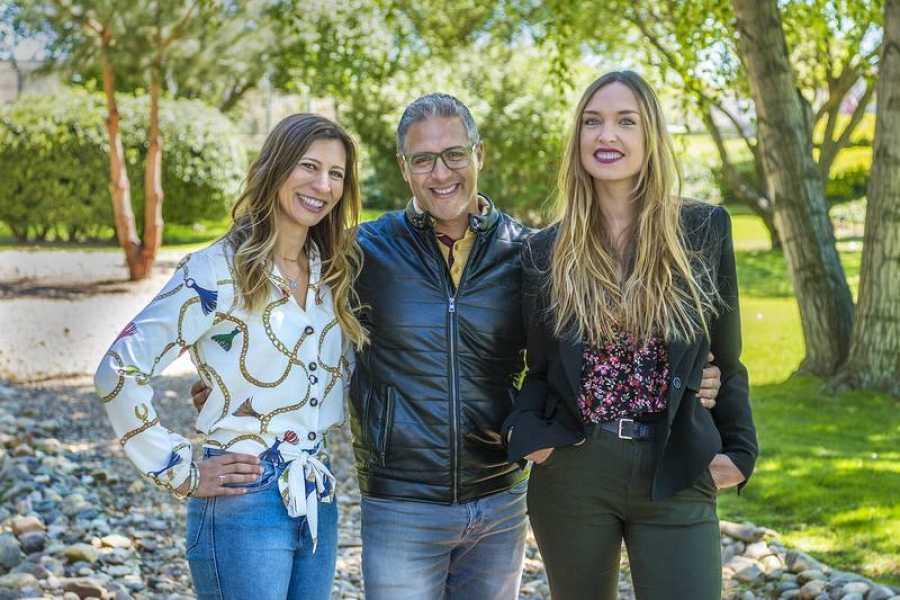 Los reporteros María Pérez, Antonio Moreno y Arantzazu Fuertes
