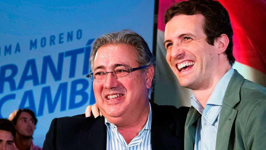 Juan Ignacio Zoido y Pablo Casado, en un acto electoral