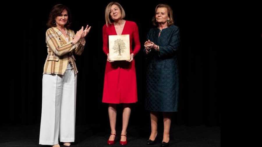 Pepa Fernández recibe el premio CEDRO 2019