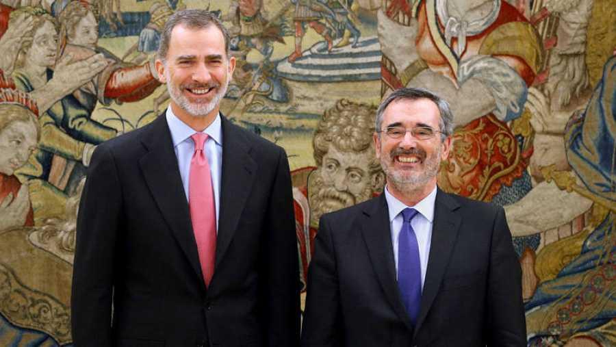 Felipe VI recibe en audiencia al nuevo presidente del Senado, Manuel Cruz