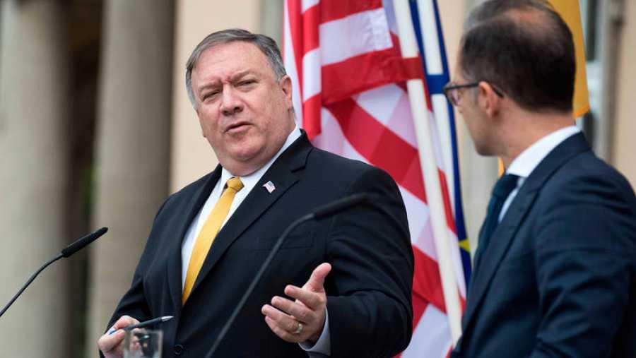 El secretario de Estado de EE.UU., Mike Pompeo, junto al ministro de Exteriores alemán, Heiko Maas