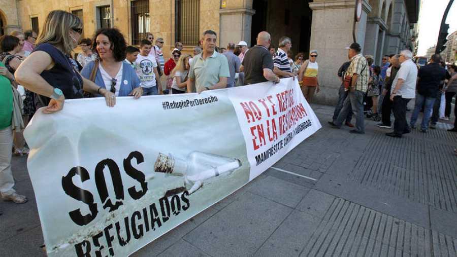 Manifestación a favor de la acogida de refugiados en Salamanca, España, el año 2016.